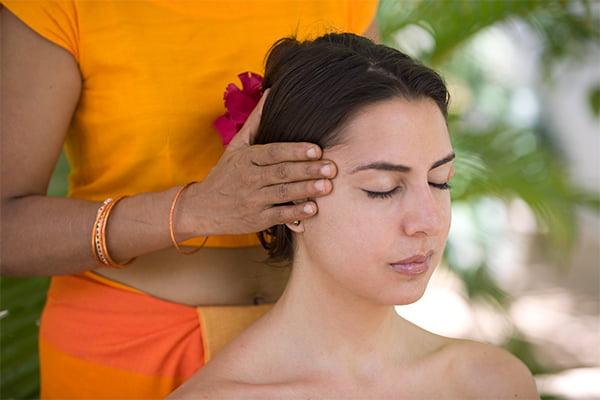 ayurveda massage im surya lanka ayurveda hotel